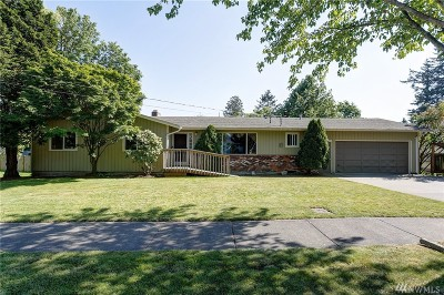 Lynden Single Family Home For Sale: 913 W Pine St