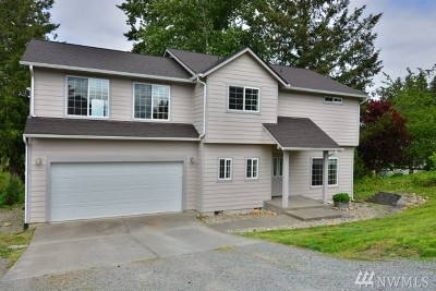 Thurston County Single Family Home For Sale: 17124 Lakepoint Dr SE