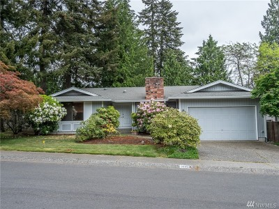 Kirkland Single Family Home For Sale: 14452 89th Place NE