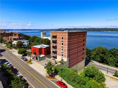 Tacoma Condo/Townhouse For Sale: 207 Broadway #700