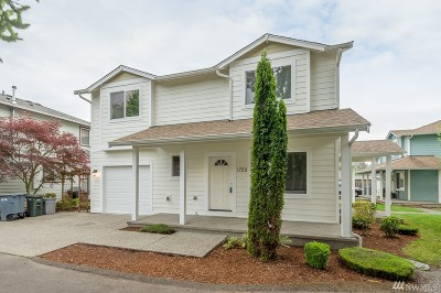 Pierce County Condo/Townhouse For Sale: 1725 Langdon St
