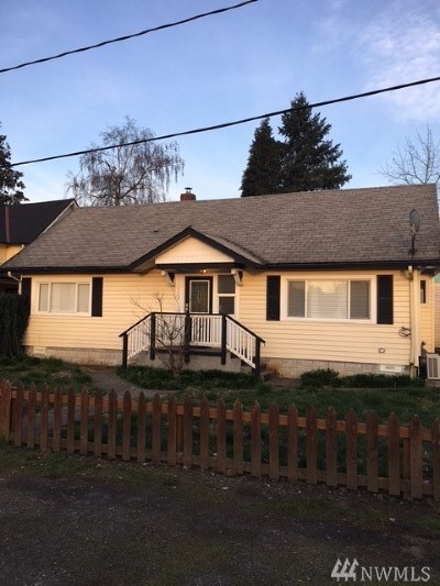 Sumner Multi Family Home For Sale: 1113 Ryan Ave