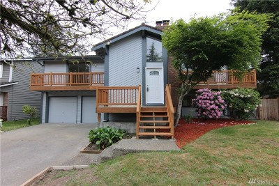 Renton Single Family Home For Sale: 16647 160th Place SE