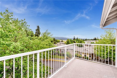 Issaquah Condo/Townhouse For Sale: 22535 SE Highland Circle #306