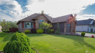 Single Family Home For Sale: 4407 Castlerock Dr