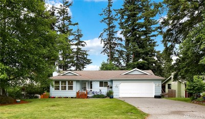 Bellingham Single Family Home For Sale: 3744 Beazer Rd