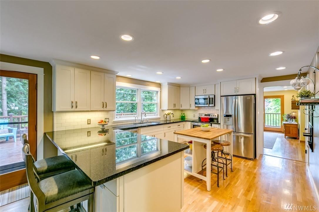 1525 Arthur Place NW, Bainbridge Island, WA.| MLS# 1296329 | Lee Tayebi |  425 956 4054 | Seattle WA Area Homes For Sale