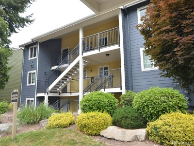 Bellevue Condo/Townhouse For Sale: 12519 SE 41st Place #B101