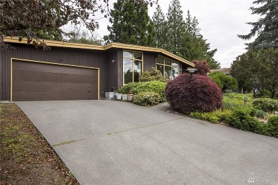 Shoreline Single Family Home For Sale: 524 NW 201st Ct