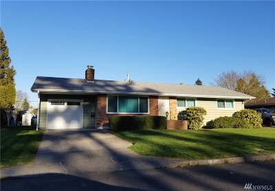 Clark County Single Family Home For Sale: 7560 Carolina Lane