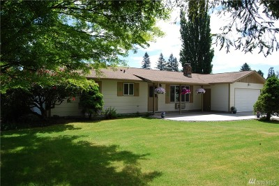 Cowlitz County Single Family Home For Sale: 421 Waters Rd