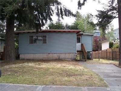 Single Family Home For Sale: 6217 S Huson St