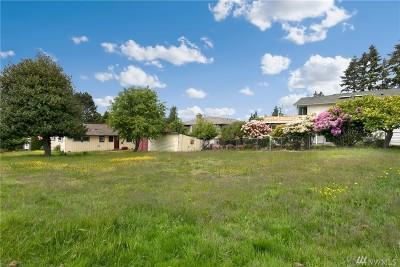 Edmonds Single Family Home For Sale: 915 Brookmere St