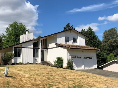 Lakewood Single Family Home For Sale: 9805 111th St Ct SW