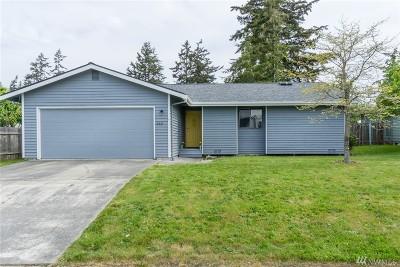 Oak Harbor Single Family Home For Sale: 848 NW Hiyu Dr