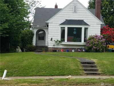 Pierce County Single Family Home For Sale: 119 E 64th St
