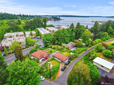 Kirkland Single Family Home For Sale: 4302 Lake Washington Blvd NE