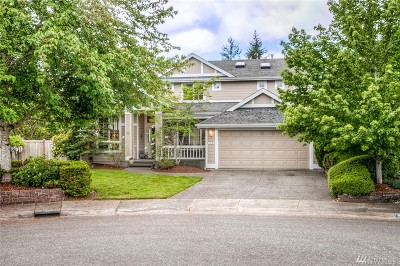 Sammamish Single Family Home For Sale: 569 237th Ave SE