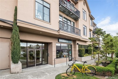 Seattle Condo/Townhouse For Sale: 5000 30th Ave NE #304
