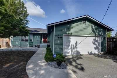 Seattle Single Family Home For Sale: 5223 17th Ave SW