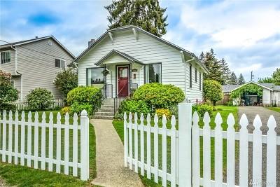 Everett Single Family Home For Sale: 2001 Monroe Ave