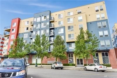 Everett Condo/Townhouse For Sale: 2824 Grand Ave #A 308