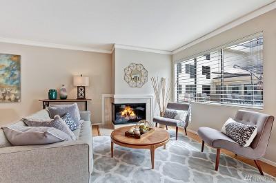 Bellevue Condo/Townhouse For Sale: 401 100th Ave NE #127