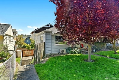 Seattle Single Family Home For Sale: 3450 22nd Ave W
