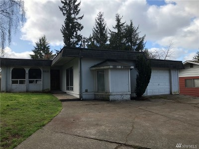 Lacey Single Family Home For Sale: 8531 Quinault Dr