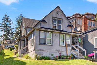 Everett Multi Family Home For Sale: 3220 Lombard Ave