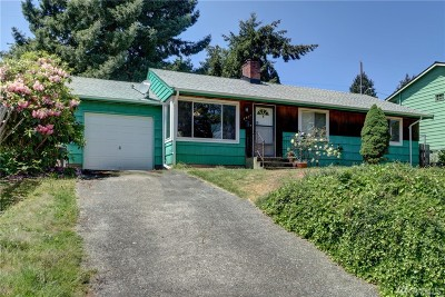 Seattle Single Family Home For Sale: 8427 31st Ave SW