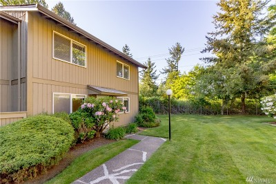Tacoma Condo/Townhouse For Sale: 6111 N 16th St #M-107