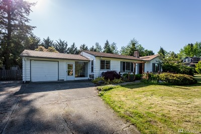 Enumclaw Single Family Home For Sale: 1878 Gossard St