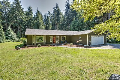 Coupeville Single Family Home For Sale: 476 Puget Dr