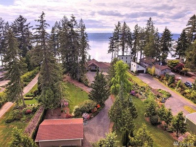 Olympia Single Family Home For Sale: 9531 Johnson Point Lp NE