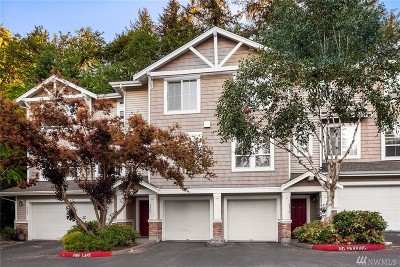 Issaquah Condo/Townhouse For Sale: 5323 236th Place SE