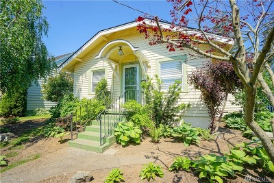 Lynden Single Family Home For Sale: 704 Liberty St