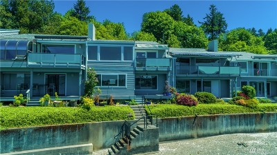 Thurston County Condo/Townhouse For Sale: 1801 East Bay Dr NE #I