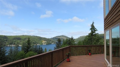 Olympia Single Family Home For Sale: 704 Summit Lake Shore Rd NW