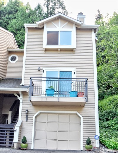 Woodinville Condo/Townhouse For Sale: 12701 NE 170th Lane