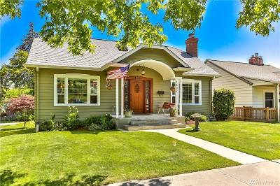 Everett Single Family Home For Sale: 1407 Rockefeller Ave
