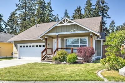 Oak Harbor Single Family Home For Sale: 961 NW Longview Dr