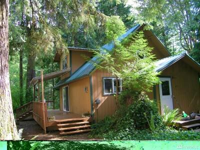 Skagit County Single Family Home For Sale: 64120 E Cascade Dr