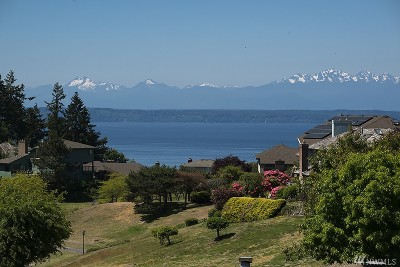 Edmonds Single Family Home For Sale: 13813 65th Ave W #10