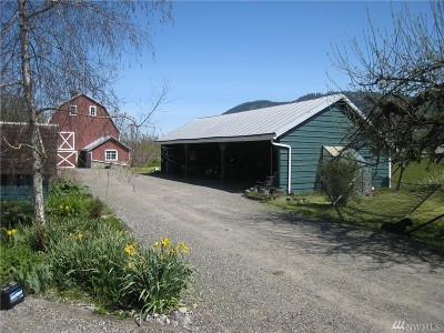 Deming Single Family Home Contingent: 5350 Homesteader Rd