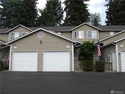 Puyallup Condo/Townhouse For Sale: 5724 99th St Ct E