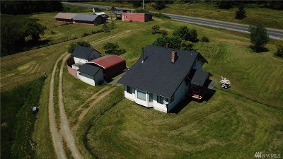 Single Family Home For Sale: 5586 Double Bluff Rd