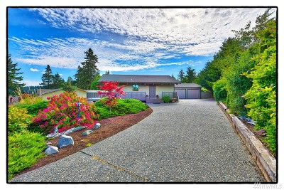 La Conner Single Family Home For Sale: 52 Swinomish Dr