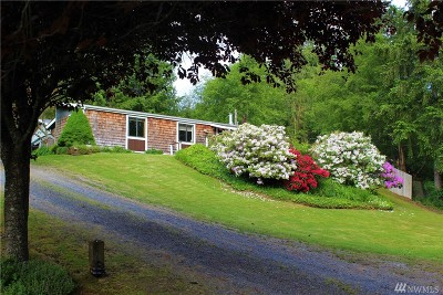 Langley Single Family Home Sold: 5204 Lakeside Dr