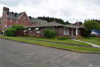 Chehalis Single Family Home For Sale: 124 SW Alfred St